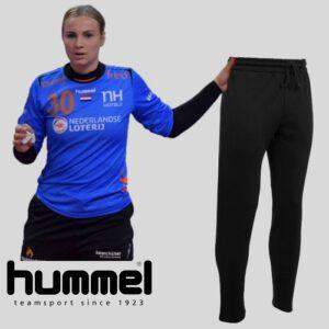Afbeelding Hummel joggingsbroek zwart met Rinka Duijndam
